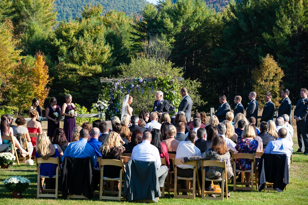 weddings at burlap and beams